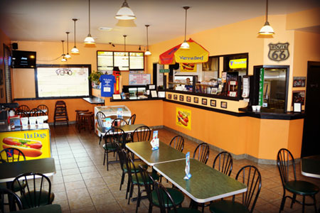 hot dog avenue wisconsin dells 1 hot dog restaurant. Black Bedroom Furniture Sets. Home Design Ideas
